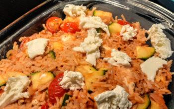 Rijst met tomaat en mozzarella